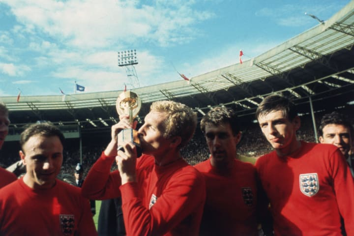 Moore kissing the World Cup