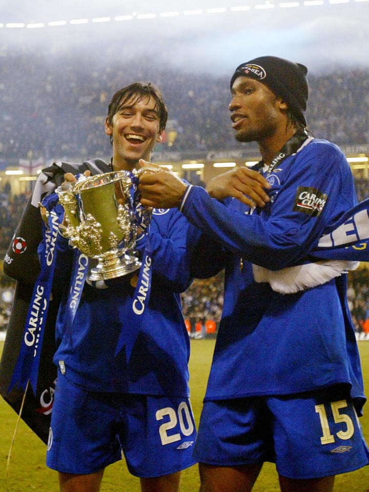 Chelsea's Paulo Ferreira (L) and Didier