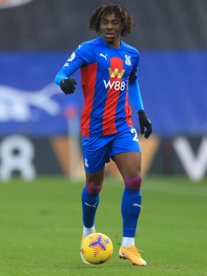 Eze started on the wing for Palace