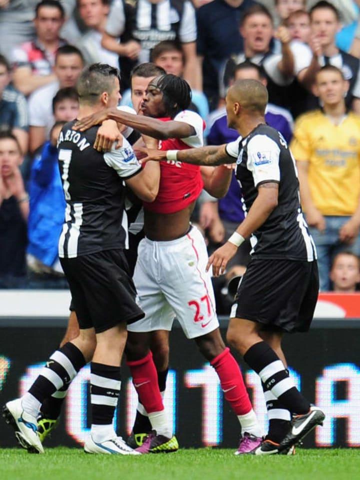 Gervinho battling with Joey Barton