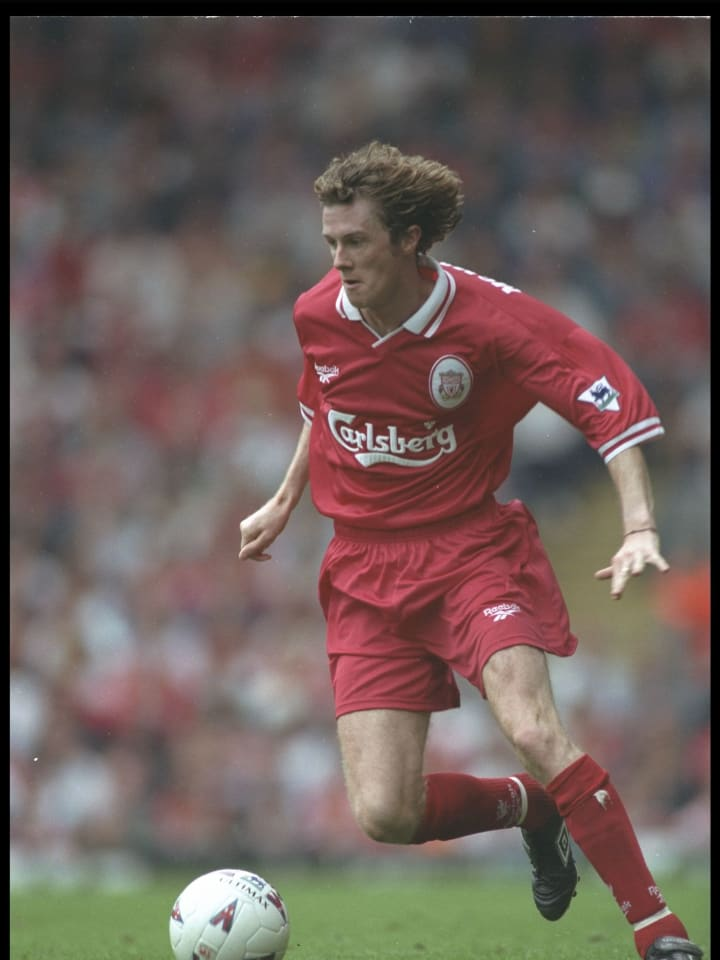 Steve McManaman of Liverpool in action