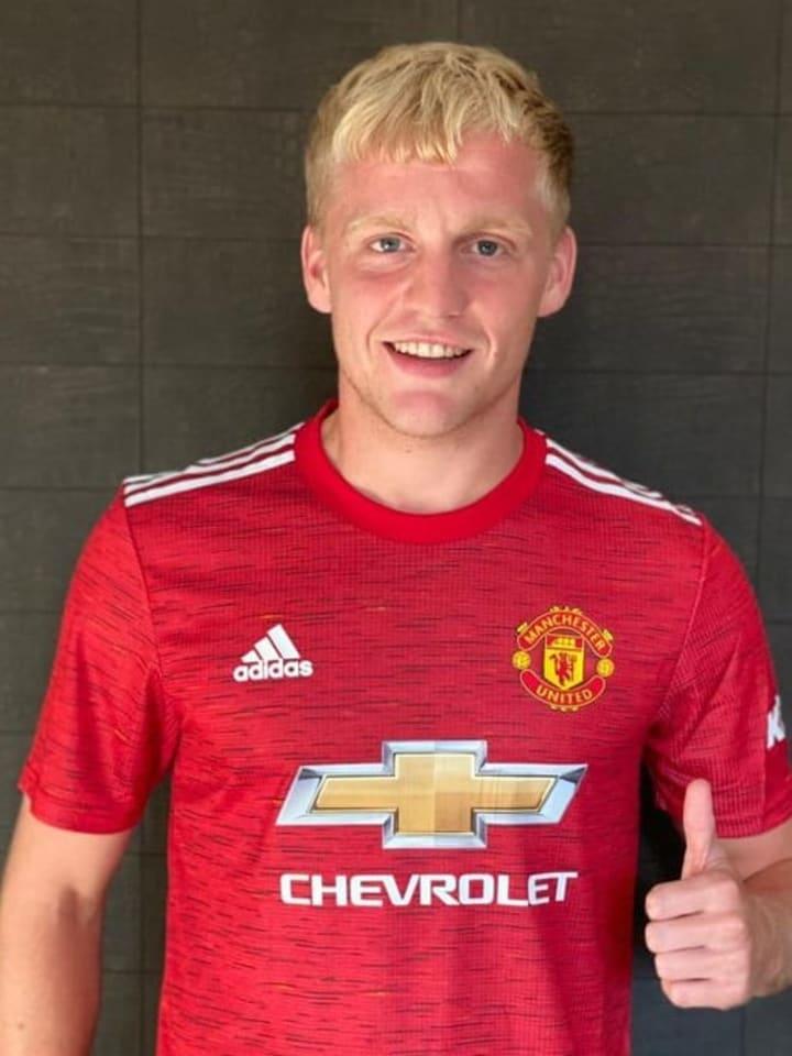 Donny van de Beek / Manchester United
