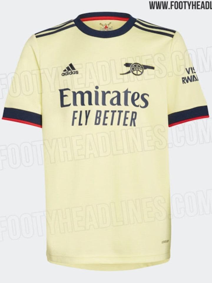 Le maillot d'Arsenal en hommage aux années 70.