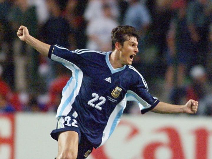 Argentinian defender Javier Zanetti jubilates afte