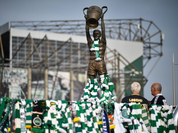Fans Pay Tribute To Billy McNeill At Celtic Park