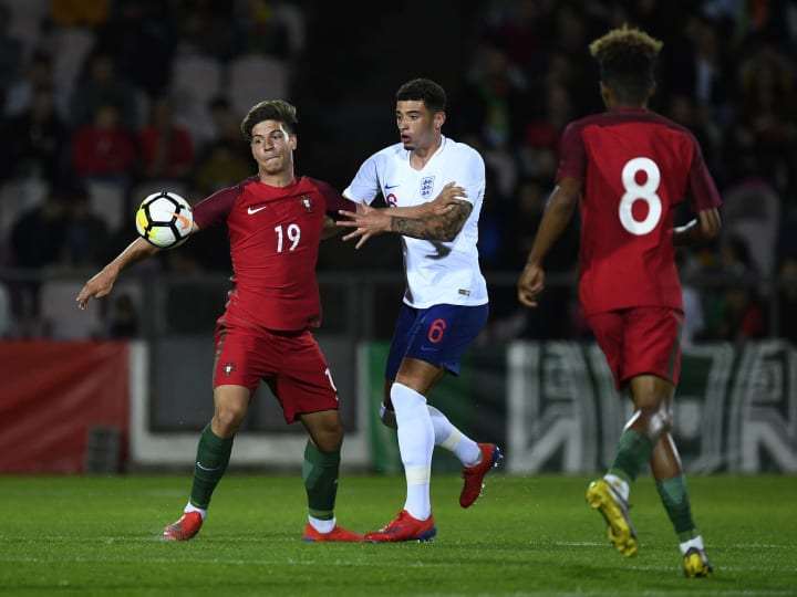 Portugal U20 v England U20 - International Friendly