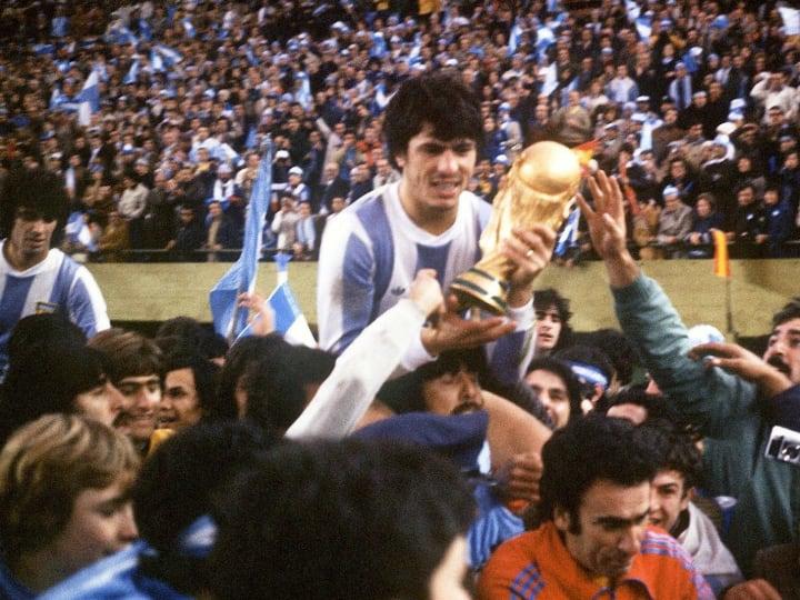 WORLD CUP-1978-ARG-PASSARELLA-TROPHY