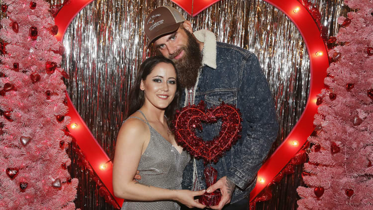 """Ex 'Teen Mom 2' star Jenelle Evans admits she and estranged husband David Eason are """"considering counseling"""""""