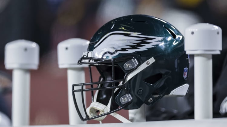 LANDOVER, MD - DECEMBER 30: A general view of a Philadelphia Eagles helmet on the sidelines during the second half against the Washington Redskins at FedExField on December 30, 2018 in Landover, Maryland. (Photo by Scott Taetsch/Getty Images)