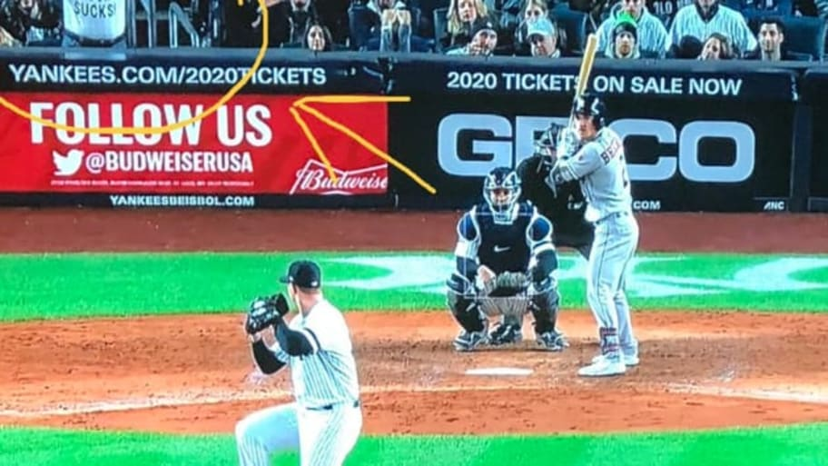 Home Plate 2020.Fan Behind Home Plate Trolls Joe Buck During Live Broadcast
