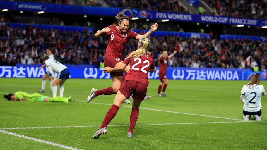 LE HAVRE, FRANCE - JUNE 14: Jodie Taylor of England celebrates scoring the winning goal with Beth Mead during the 2019 FIFA Women's World Cup France group D match between England and Argentina at  on June 14, 2019 in Le Havre, France. (Photo by Marc Atkins/Getty Images)