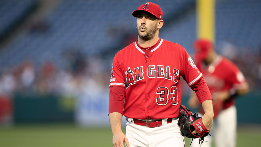 ANAHEIM, CALIFORNIA - APRIL 22:  Matt Harvey #33 of the Los Angeles Angels of Anaheim walks to the dugout after allowing a solo homerun to Luke Voit #45 of the New York Yankees during the first inning of a game at Angel Stadium of Anaheim on April 22, 2019 in Anaheim, California. (Photo by Sean M. Haffey/Getty Images)