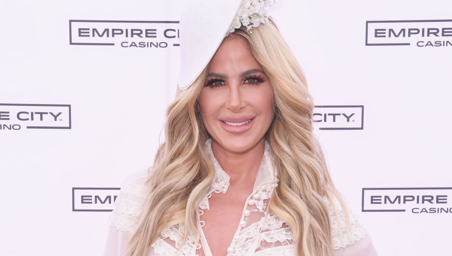 YONKERS, NY - MAY 06:  TV Personality Kim Zolciak hosts the Kentucky Derby hat contest at Empire City Casino at Yonkers Raceway on May 6, 2017 in Yonkers, New York.  (Photo by Dave Kotinsky/Getty Images for Empire City Casino at Yonkers Raceway)