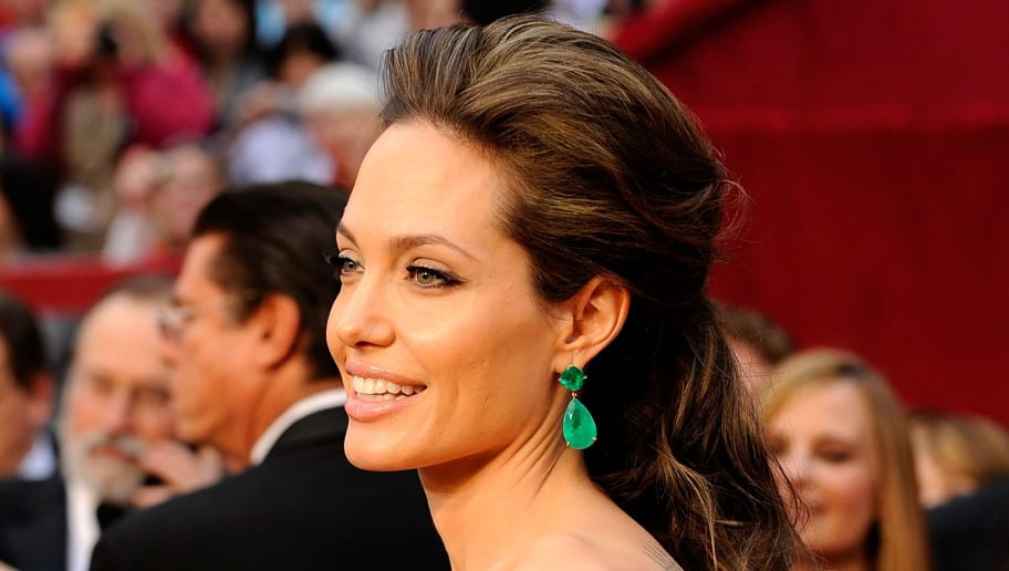 LOS ANGELES, CA - FEBRUARY 22:  Actress Angelina Jolie arrives at the 81st Annual Academy Awards held at Kodak Theatre on February 22, 2009 in Los Angeles, California.  (Photo by Kevork Djansezian/Getty Images)