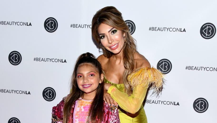 LOS ANGELES, CALIFORNIA - AUGUST 10: Farrah Abraham (R) and Sophia Abraham attend Beautycon Festival Los Angeles 2019 at Los Angeles Convention Center on August 10, 2019 in Los Angeles, California. (Photo by Araya Diaz/Getty Images for Beautycon)