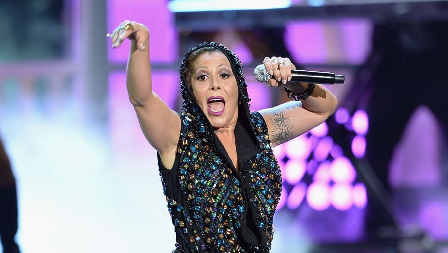 "MIAMI, FL - AUGUST 20:  Alejandra Guzman performs onstage at Telemundo's ""Premios Tu Mundo"" Awards 2015 at American Airlines Arena on August 20, 2015 in Miami, Florida.  (Photo by Rodrigo Varela/Getty Images)"