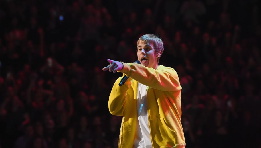 NEW YORK, NY - DECEMBER 09:  Musician Justin Bieber performs onstage during Z100's Jingle Ball 2016 at Madison Square Garden on December 9, 2016 in New York, New York.  (Photo by Nicholas Hunt/Getty Images for iHeart)
