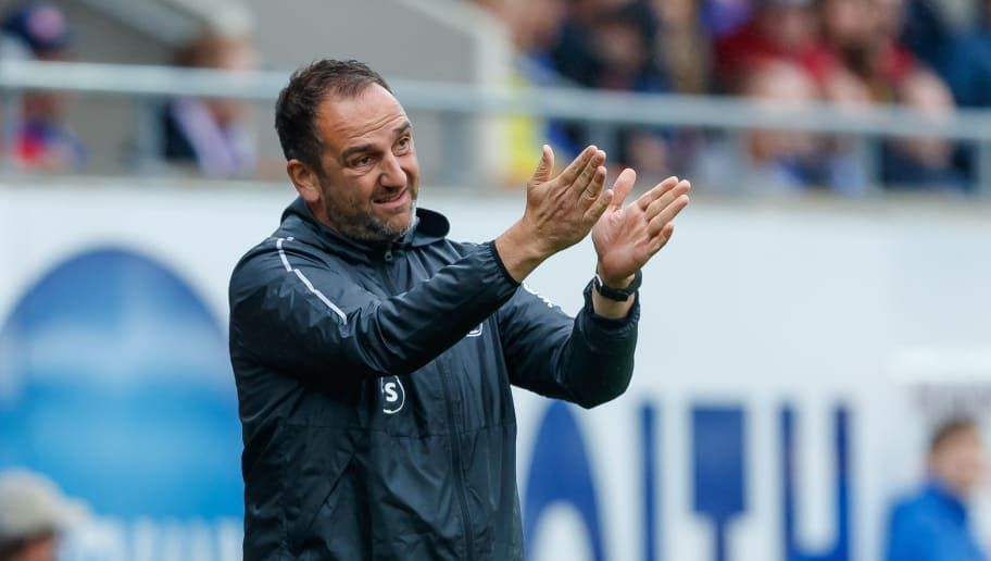 HEIDENHEIM, GERMANY - SEPTEMBER 02: Head coach  Frank Schmidt of Heidenheim  gestures  during the Second Bundesliga match between 1. FC Heidenheim 1846 and SV Darmstadt 98 at Voith-Arena on September 2, 2018 in Heidenheim, Germany. (Photo by TF-Images/Getty Images)