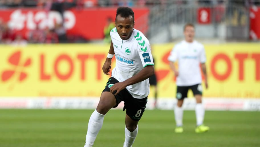 KAISERSLAUTERN, GERMANY - SEPTEMBER 29: Julian Green of Greuther Fuerth during the Second Bundesliga match between 1. FC Kaiserslautern and SpVgg Greuther Fuerth at Fritz-Walter-Stadion on September 29, 2017 in Kaiserslautern, Germany. (Photo by Andreas Schlichter/Bongarts/Getty Images)