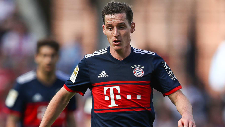 COLOGNE, GERMANY - MAY 05: Sebastian Rudy #19 of Bayern Munich controls the ball during the Bundesliga match between 1. FC Koeln and FC Bayern Muenchen at RheinEnergieStadion on May 5, 2018 in Cologne, Germany. (Photo by Maja Hitij/Bongarts/Getty Images)