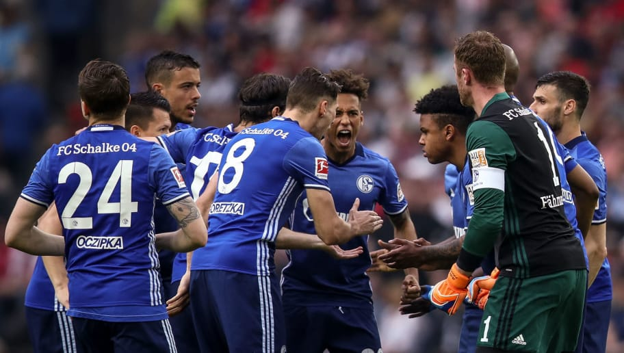 COLOGNE, GERMANY - APRIL 22: Players of FC Schalke 04 prior to the Bundesliga match between 1. FC Koeln and FC Schalke 04 at RheinEnergieStadion on April 22, 2018 in Cologne, Germany. (Photo by Maja Hitij/Bongarts/Getty Images)