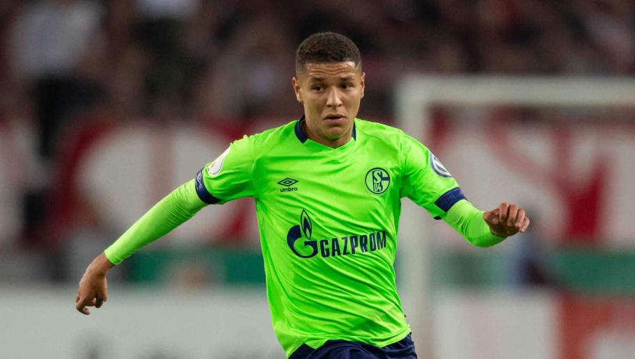 COLOGNE, GERMANY - OCTOBER 31: Amine Harit of FC Schalke controls the ball during the DFB Cup match between 1. FC Koeln and FC Schalke 04 at RheinEnergieStadion on October 31, 2018 in Cologne, Germany. (Photo by TF-Images/Getty Images)