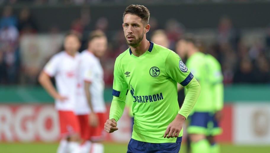 COLOGNE, GERMANY - OCTOBER 31: Mark Uth of FC Schalke looks on during the DFB Cup match between 1. FC Koeln and FC Schalke 04 at RheinEnergieStadion on October 31, 2018 in Cologne, Germany. (Photo by TF-Images/Getty Images)
