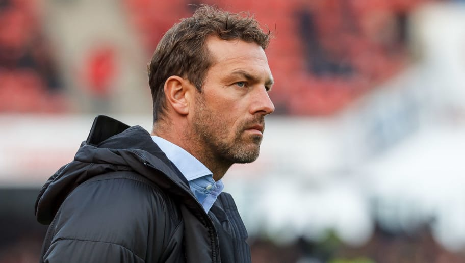 NUREMBERG, GERMANY - NOVEMBER 10: head coach Markus Weinzierl of VfB Stuttgart looks on during the Bundesliga match between 1. FC Nuernberg and VfB Stuttgart at Max-Morlock-Stadion on November 10, 2018 in Nuremberg, Germany. (Photo by TF-Images/Getty Images)