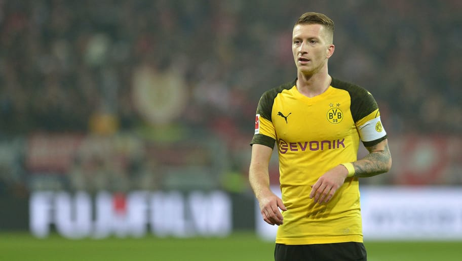 MAINZ, GERMANY - NOVEMBER 24: Marco Reus of Borussia Dortmund looks on during the Bundesliga match between 1. FSV Mainz 05 and Borussia Dortmund at Opel Arena on November 24, 2018 in Mainz, Germany. (Photo by TF-Images/Getty Images)