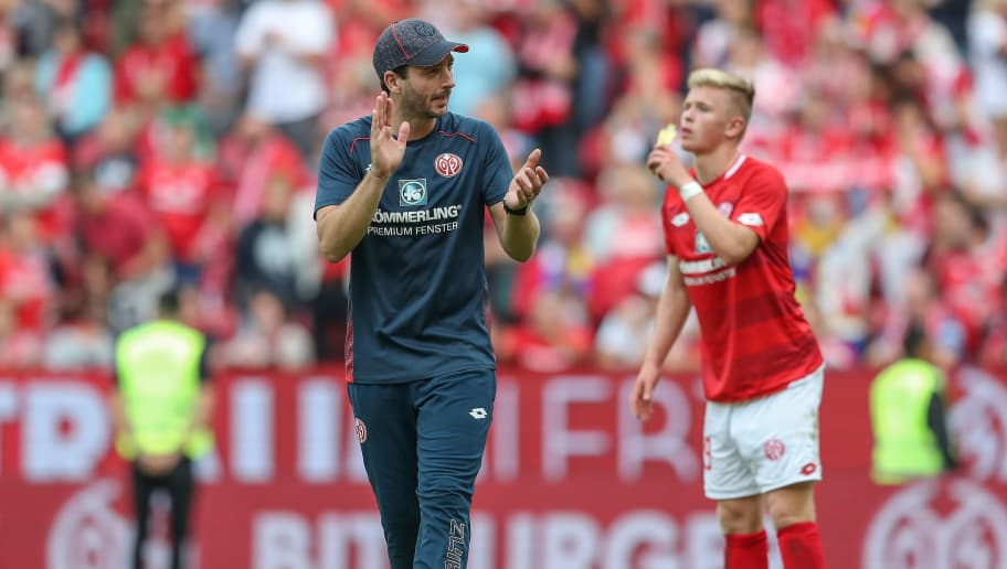 MAINZ, GERMANY - SEPTEMBER 15: Sandro Schwarz of Mainz thanks to the fans after the Bundesliga match between 1. FSV Mainz 05 and FC Augsburg at Opel Arena on September 15, 2018 in Mainz, Germany. (Photo by Christian Kaspar-Bartke/Bongarts/Getty Images)