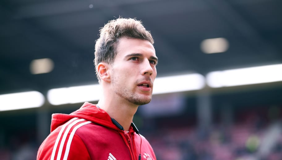 MAINZ, GERMANY - OCTOBER 27: Leon Goretzka of Muenchen looks on prior to during the Bundesliga match between 1. FSV Mainz 05 and FC Bayern Muenchen at Opel Arena on October 27, 2018 in Mainz, Germany. (Photo by Alex Grimm/Bongarts/Getty Images)