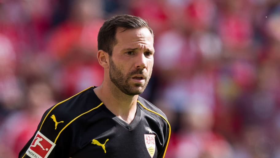 MAINZ, GERMANY - AUGUST 26: Gonzalo Castro of Stuttgart looks on during the Bundesliga match between 1. FSV Mainz 05 and VfB Stuttgart at Opel Arena on August 26, 2018 in Mainz, Germany. (Photo by TF-Images/Getty Images)