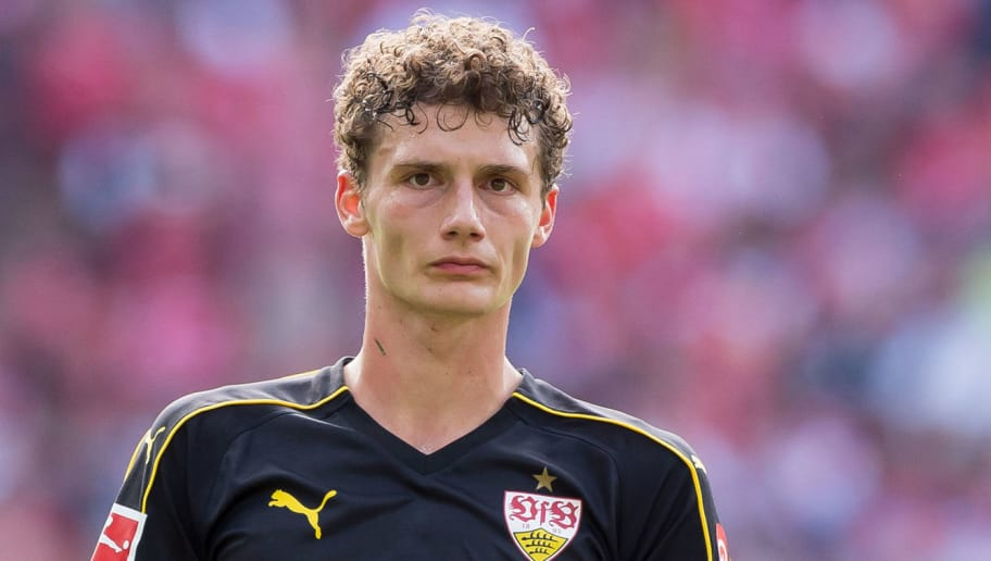 MAINZ, GERMANY - AUGUST 26: Benjamin Pavard of Stuttgart looks on during the Bundesliga match between 1. FSV Mainz 05 and VfB Stuttgart at Opel Arena on August 26, 2018 in Mainz, Germany. (Photo by TF-Images/Getty Images)