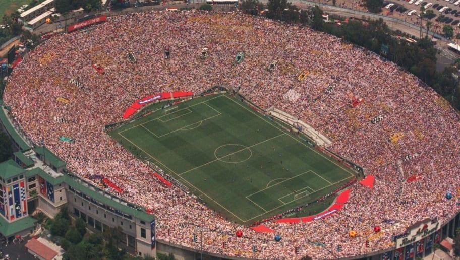 17 JUN 1994:  AN AERIAL VIEW OF THE ROSE BOWL IN PASADENA, CALIFORNIA DURING THE 1994 WORLD CUP FINAL IN PASADENA, CALIFORNIA. Mandatory Credit: Mike Powell/ALLSPORT