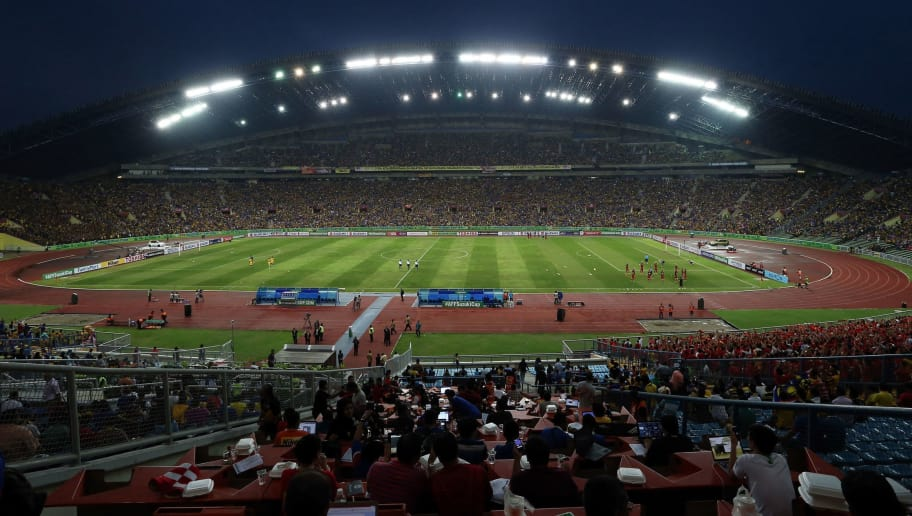 KUALA LUMPUR, MALAYSIA - DECEMBER 07 : General view of the stadium during the 2014 AFF Suzuki Cup semi final 1st leg match between Malaysia and Vietnam at Shah Alam Stadium on December 07, 2014 in Kuala lumpur, Malaysia  (Photo by Stanley Chou/Getty Images)