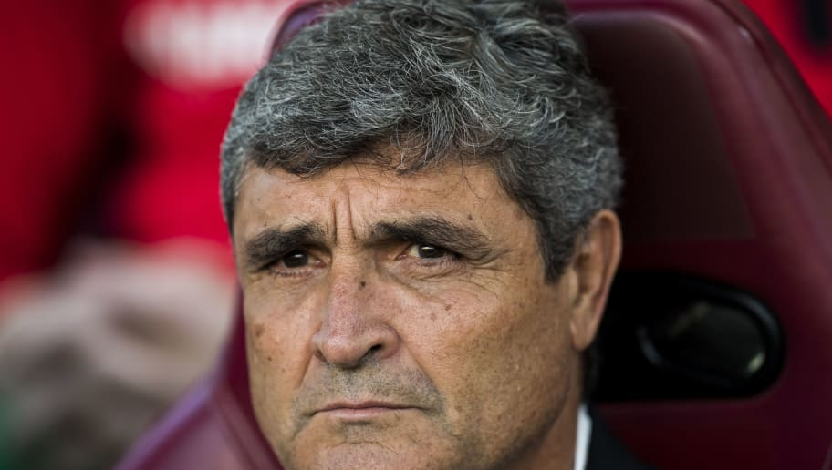 MADRID - OCTOBER 29: Coach Juan de la Cruz Ramos Canos âJuande Ramosâ of Malaga CF looks on prior to the La Liga match between Club Atletico de Madrid and Malaga CF at the Estadio Vicente Calderon on 29 October 2016 in Madrid, Spain. (Photo by Power Sport Images/Getty Images)