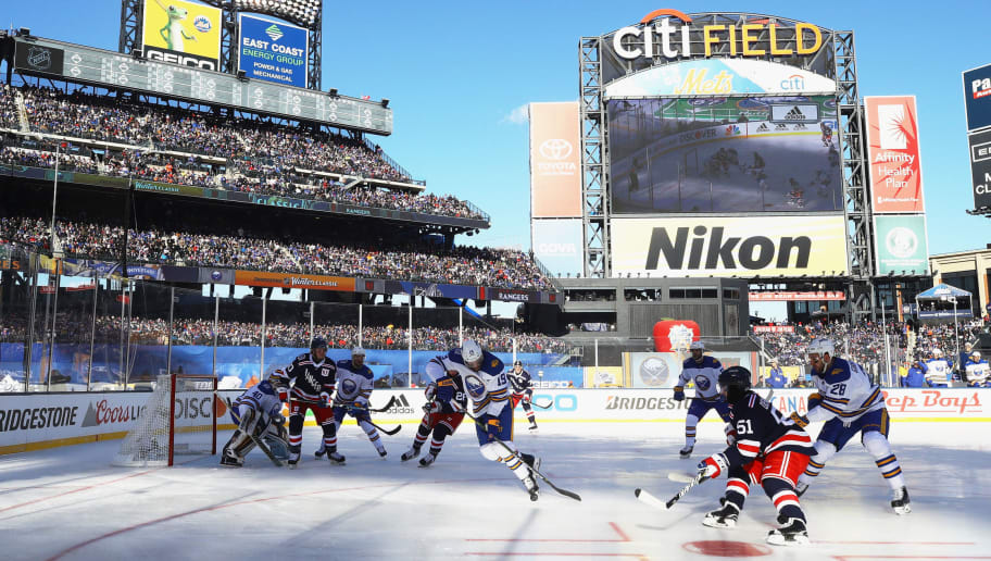 88aabf3a3d6316 NEW YORK, NY - JANUARY 01: The Buffalo Sabres and New York Rangers play