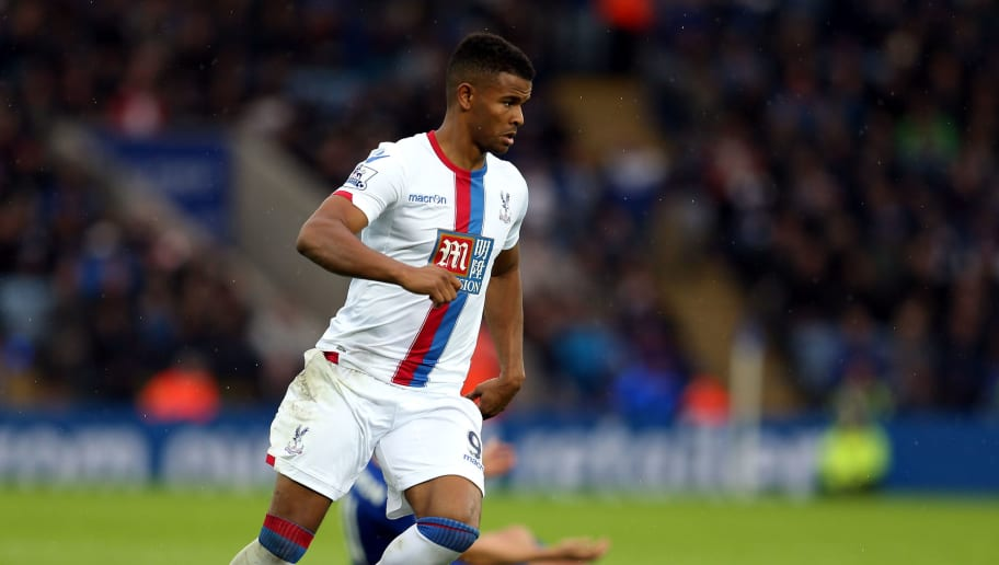 LEICESTER, ENGLAND - OCTOBER 24:  Frazier Campbell of Crystal Palace during the Barclays Premier League match between Leicester City and Crystal Palace at The King Power Stadium on October 24, 2015 in Leicester, England.  (Photo by Nigel Roddis/Getty Images)