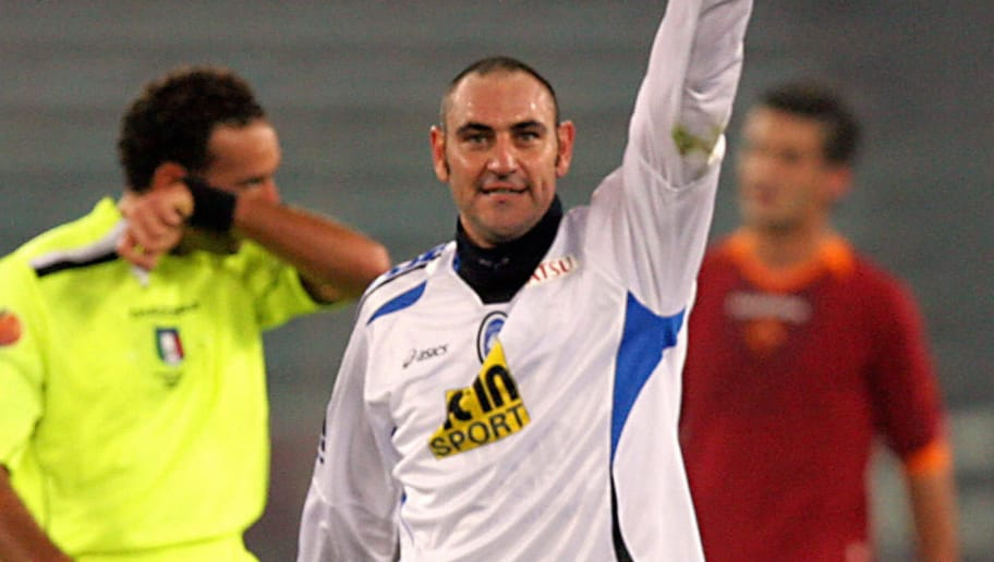 Rome, ITALY:  Atalanta 's forward Riccardo Zampagna celebrates after scoring a goal against AS Roma, during their Italian serie A football match at Rome's Olympic stadium, 02 December 2006.  AFP PHOTO/ ANDREAS SOLARO  (Photo credit should read ANDREAS SOLARO/AFP/Getty Images)