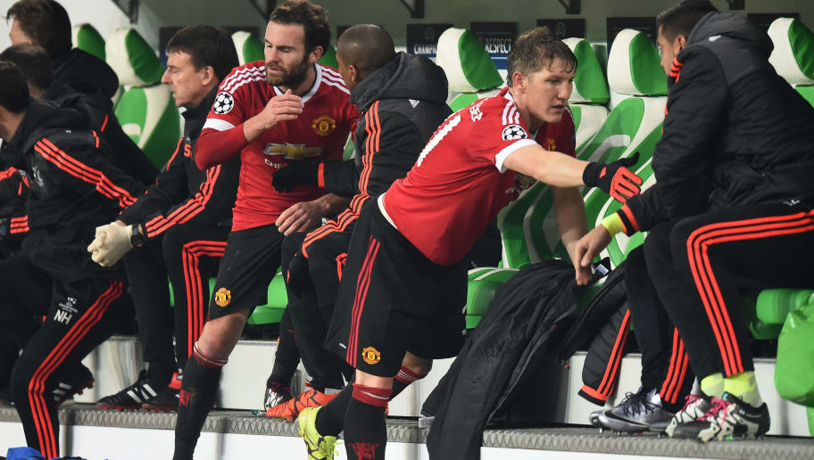 WOLFSBURG, GERMANY - DECEMBER 08:  Juan Mata of Manchester United and Bastian Schweinsteiger of Manchester United are substituted in the second half during the UEFA Champions League group B match between VfL Wolfsburg and Manchester United at the Volkswagen Arena on December 8, 2015 in Wolfsburg, Germany.  (Photo by Stuart Franklin/Bongarts/Getty Images)