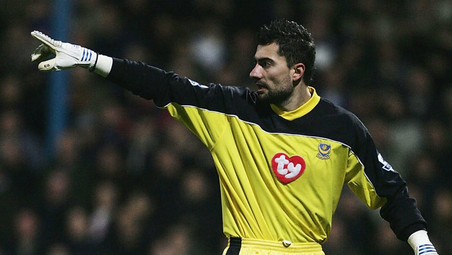 PORTSMOUTH, ENGLAND - FEBRUARY 1:  Konstantinos Chalkias, the Portsmouth Goalkeeper, in action during the Barclays Premiership match between Portsmouth and  Middlesbrough at Fratton Park on February 1, 2005 in Portsmouth, England.  (Photo by Phil Cole/Getty Images)