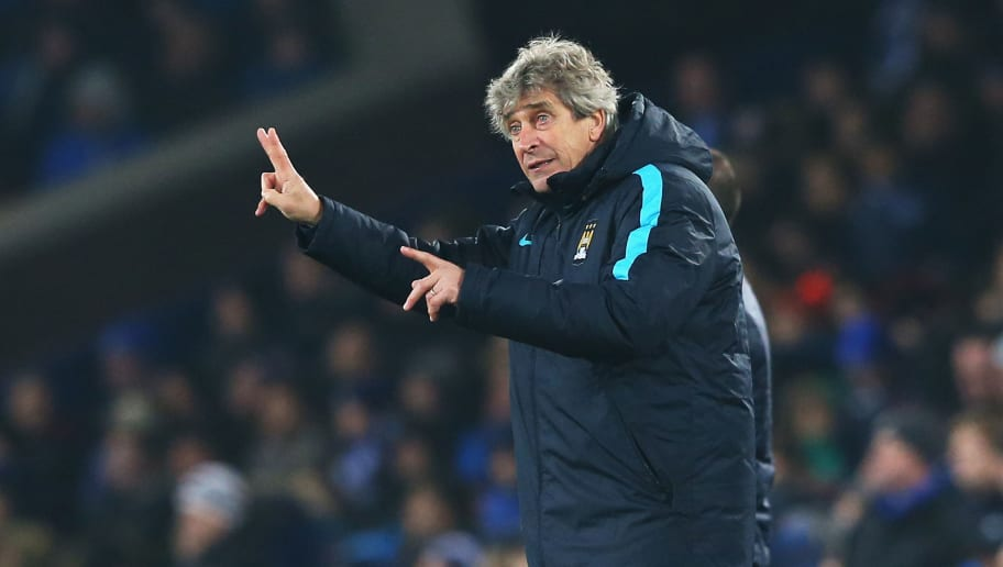 LIVERPOOL, ENGLAND - JANUARY 06:  Manuel Pellegrini, manager of Manchester City gives instructions during the Capital One Cup Semi Final First Leg match between Everton and Manchester City at Goodison Park on January 6, 2016 in Liverpool, England.  (Photo by Alex Livesey/Getty Images)