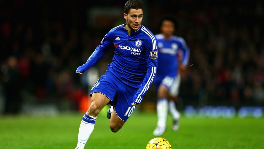 MANCHESTER, ENGLAND - DECEMBER 28:  Eden Hazard of Chelsea in action during the Barclays Premier League match between Manchester United and Chelsea at Old Trafford on December 28, 2015 in Manchester, England.  (Photo by Clive Mason/Getty Images)