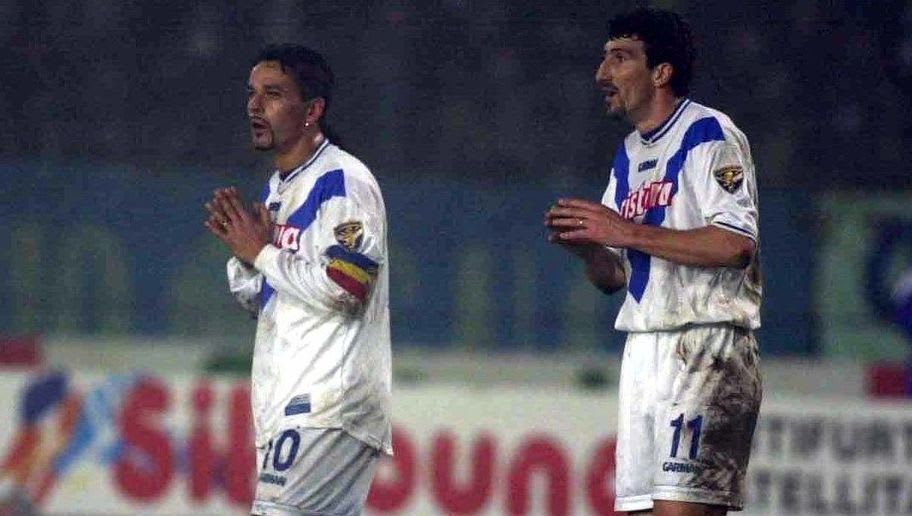 9 Dec 2000:  Roberto Baggio and Dario Hubner of Brescia during the match between Brescia v Napoli in the Serie A played at the  Rigamonti stadium, Brescia, Italy. Digital Image X Mandatory Credit: Grazia Neri/ALLSPORT