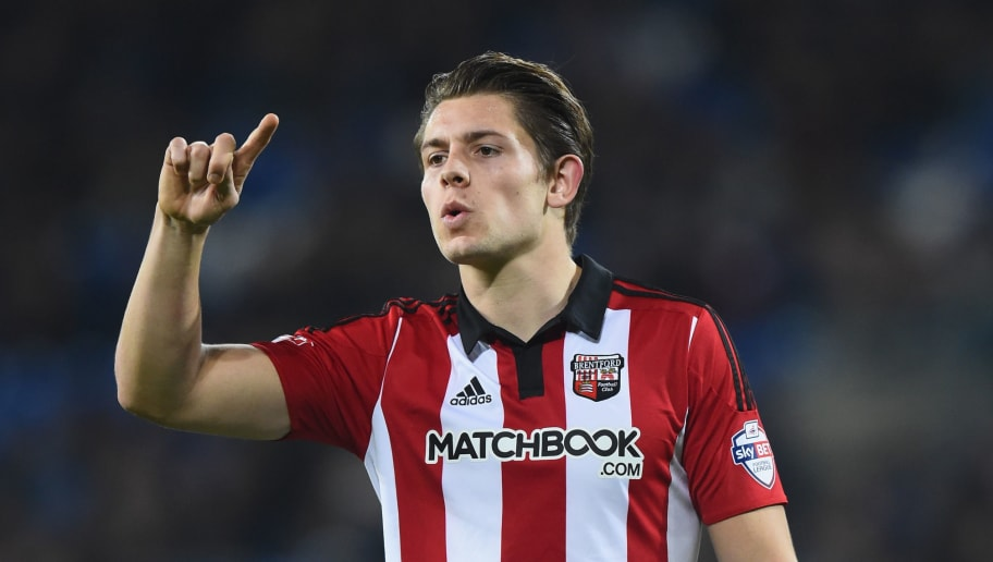 CARDIFF, WALES - DECEMBER 15:  James Tarkowski of Brentford in action during the Sky Bet Championship match between Cardiff City and Brentford at Cardiff City Stadium on December 15, 2015 in Cardiff, United Kingdom.  (Photo by Stu Forster/Getty Images)