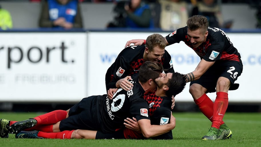 FREIBURG IM BREISGAU, GERMANY - OCTOBER 18:  Vincenzo Grifo of Freiburg celebrates with his team-mates after scoring his team's third goal during the Second Bundesliga match between SC Freiburg and SpVgg Greuther Fuerth at Schwarzwald-Stadion on October 18, 2015 in Freiburg im Breisgau, Germany.  (Photo by Matthias Hangst/Bongarts/Getty Images)