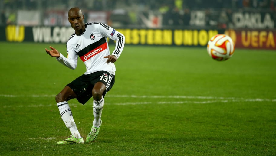 ISTANBUL, TURKEY - FEBRUARY 26:  Atiba Hutchinson of Besiktas scores his penalty in the shoot out during the 2nd leg of the UEFA Europa League Round of 32 match between Besiktas and Liverpool at the Ataturk Olympic Stadium on February 26, 2015 in Istanbul, Turkey.  (Photo by Richard Heathcote/Getty Images)