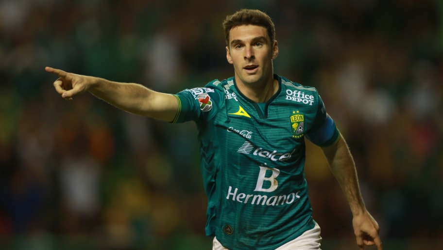 Mauro Boselli of Leon celebrates his goal, during their Mexican Clausura tournament football match against Toluca at the Nou Camp stadium on February 20, 2016, in Leon. / AFP / VICTOR STRAFFON        (Photo credit should read VICTOR STRAFFON/AFP/Getty Images)