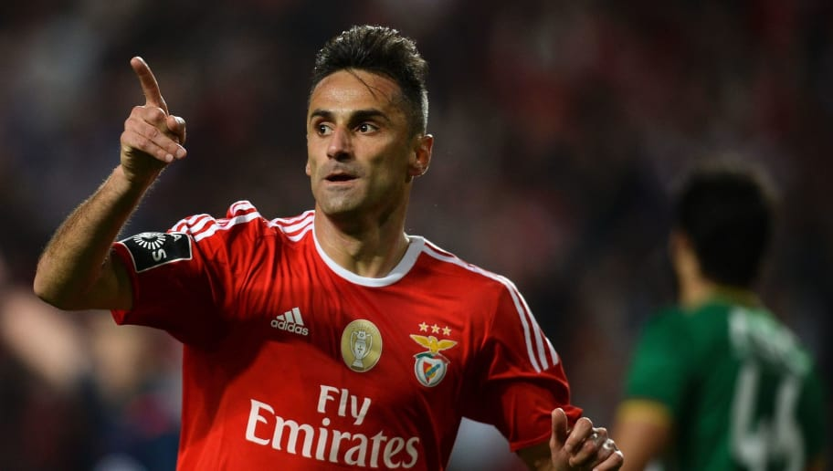 Benfica s Brazilian forward Jonas Oliveira (R) celebrates after scoring  against Rio Ave during the fcff713f2c070