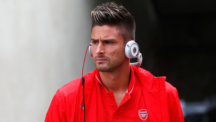 LONDON, ENGLAND - AUGUST 16: Olivier Giroud of Arsenal arrives for the Barclays Premier League match between Crystal Palace and Arsenal at Selhurst Park on August 16, 2015 in London, England.  (Photo by Julian Finney/Getty Images)